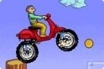 Corsa in collina con lo scooter